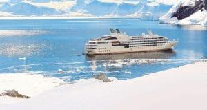 Kreuzfahrtyacht für 244 Passagiere mit höchster Eisklasse