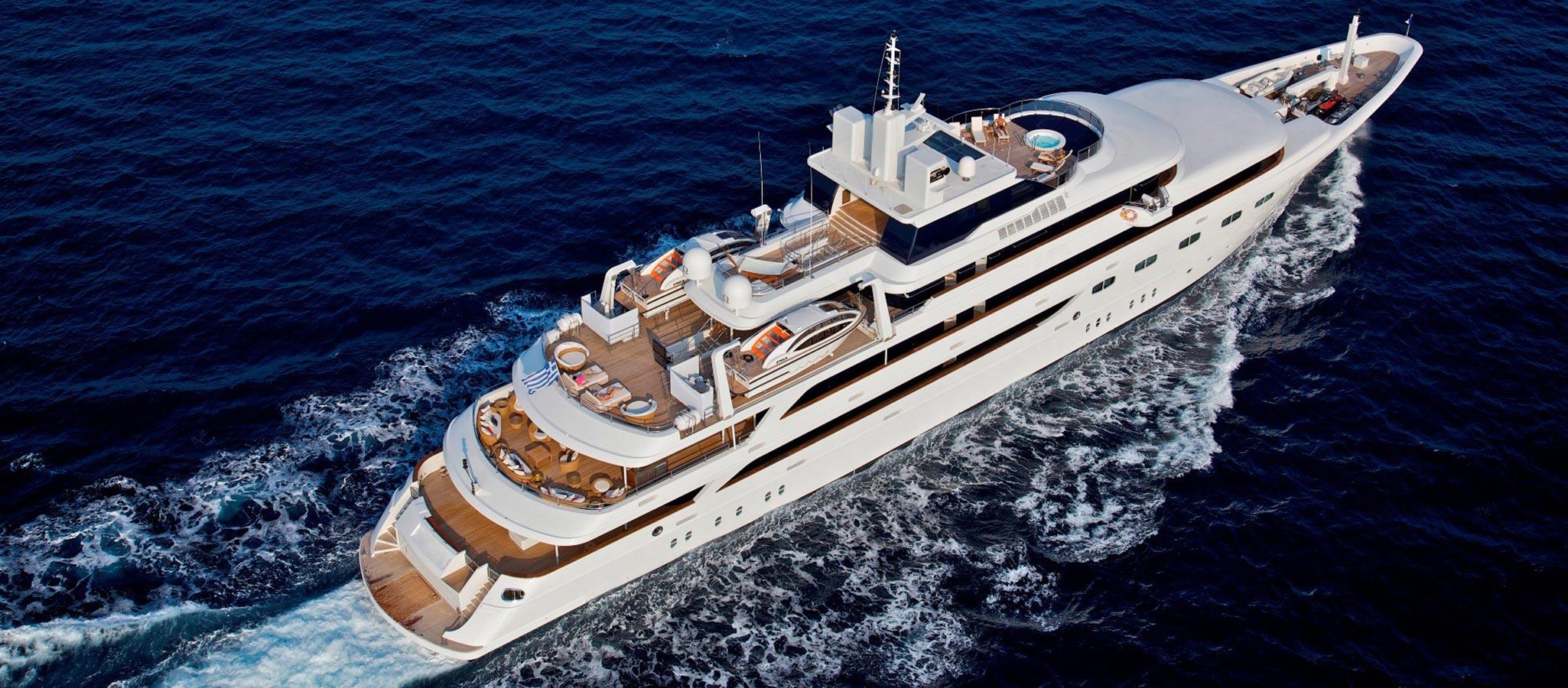Kreuzfahrtschiffe der Kategorie bis 50 Passagiere sind meist speziell zertifizierte Megayachten im obersten Premium-Segment. Sie bieten maximale Flexibilität - auch hinsichtlich ihrer Verfügbarkeit für MICE-Events.