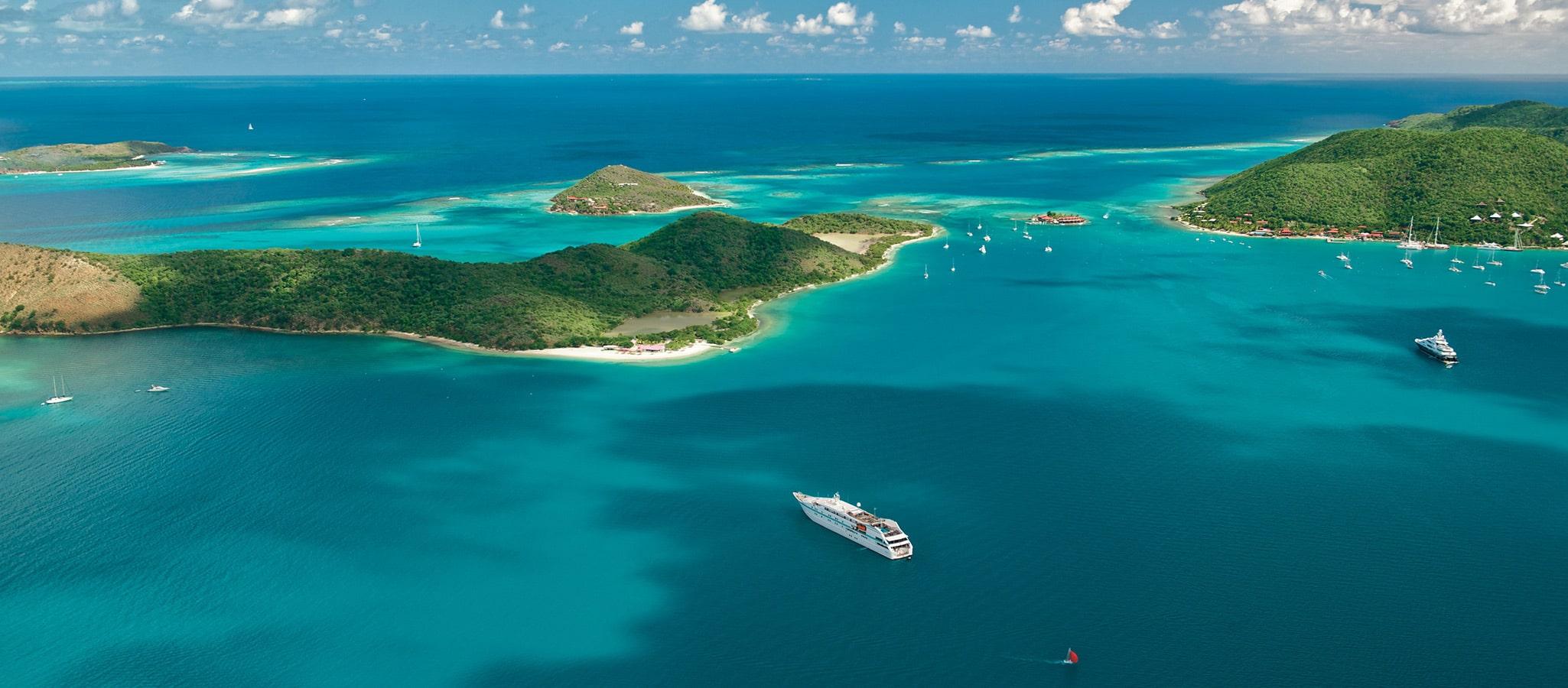 Mit maßgeschneiderten Routings führt OceanEvent Sie und Ihre Gäste zu den schönsten Inseln der Welt, an privatisierte Strände, in pittoreske Häfen und traumhafte Buchten.