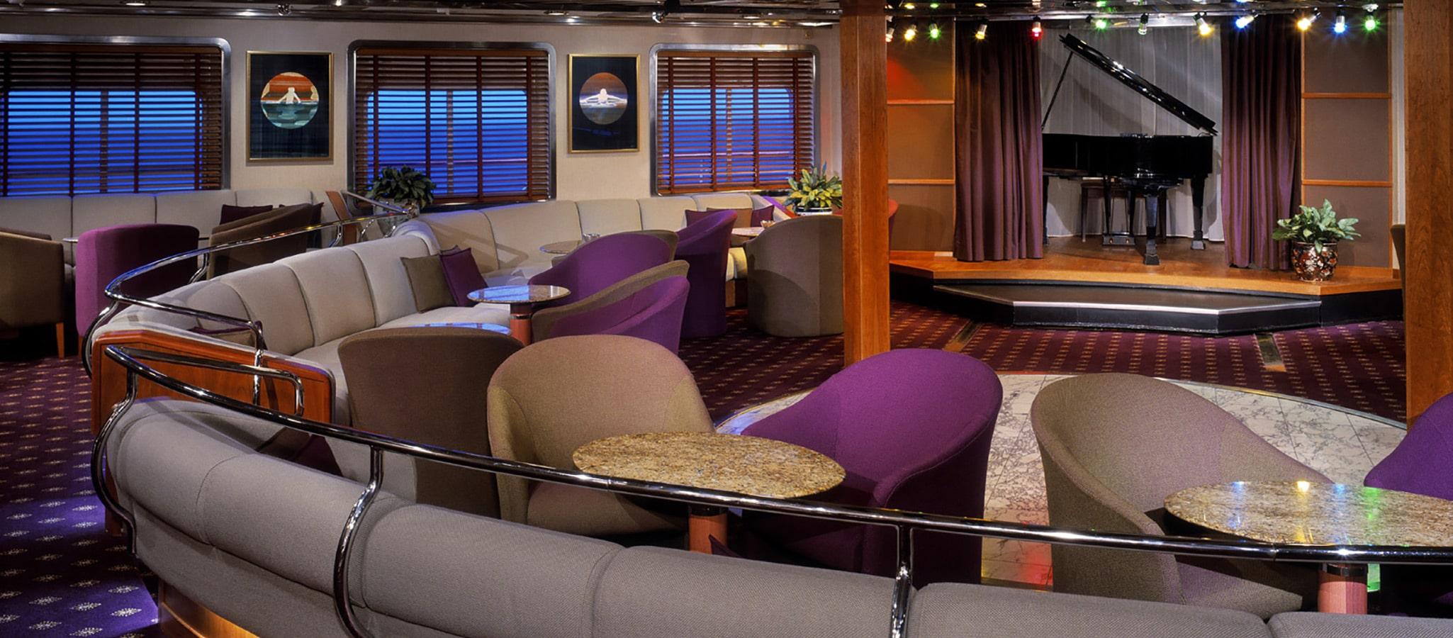 Konferenzen lassen sich auch an Bord von kleinen Kreuzfahrtschiffen hochprofessionell umsetzen.