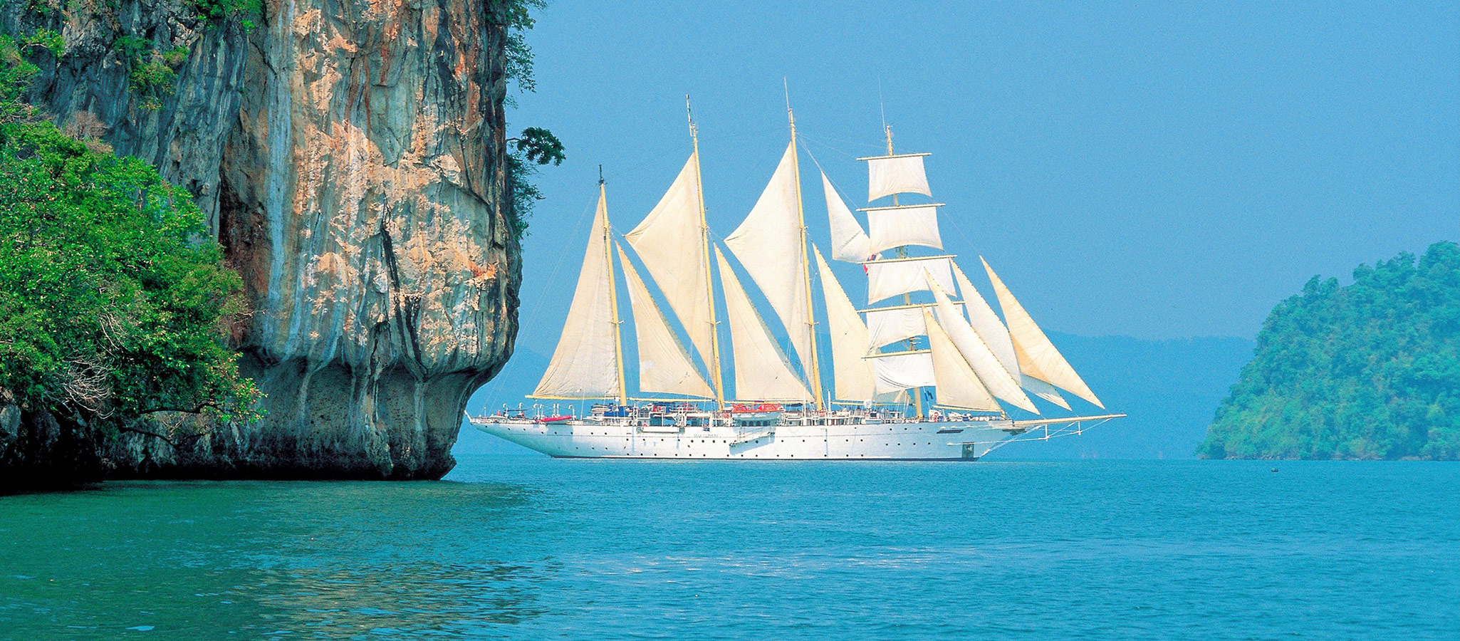 This category also includes some tall ships. From their romantic look and perfect sailing properties, they are just made for maritime incentives and conventions.