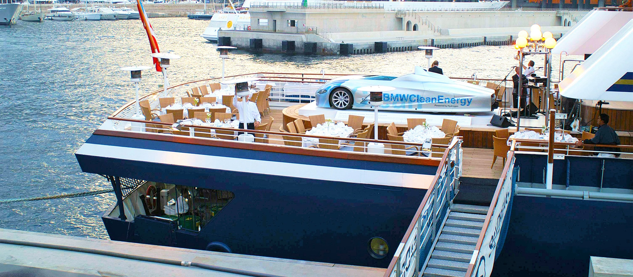 If required, OceanEvent transforms the pool deck into spectacular presentation spaces.