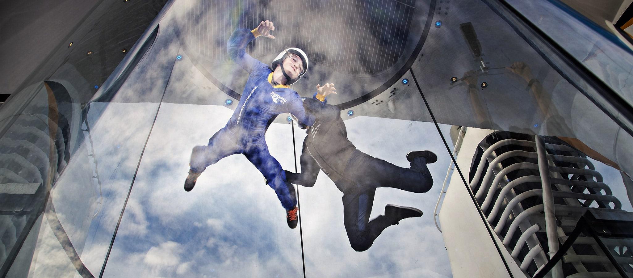 Ein Riesenspaß - und eine einzigartige Gelegenheit: Indoor Skydiving.
