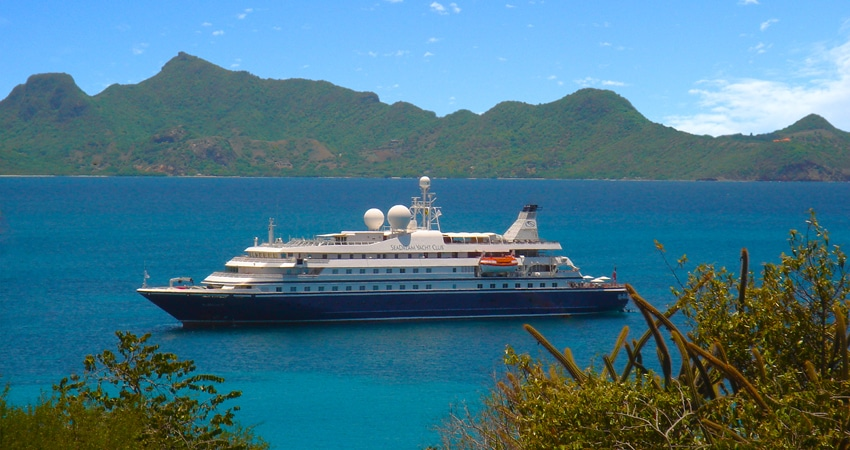 Kreuzfahrtyacht in der Karibik chartern mit OceanEvent