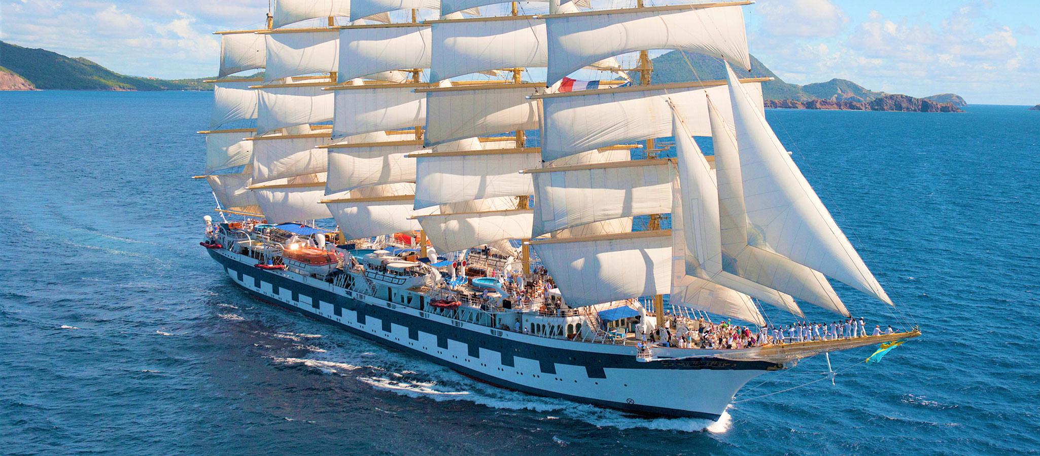 Eines der größten Segelschiffe der Welt - und mit über 5.000 Quadratmetern Segelfläche eine spektakuläre all-in-one Event-Location.