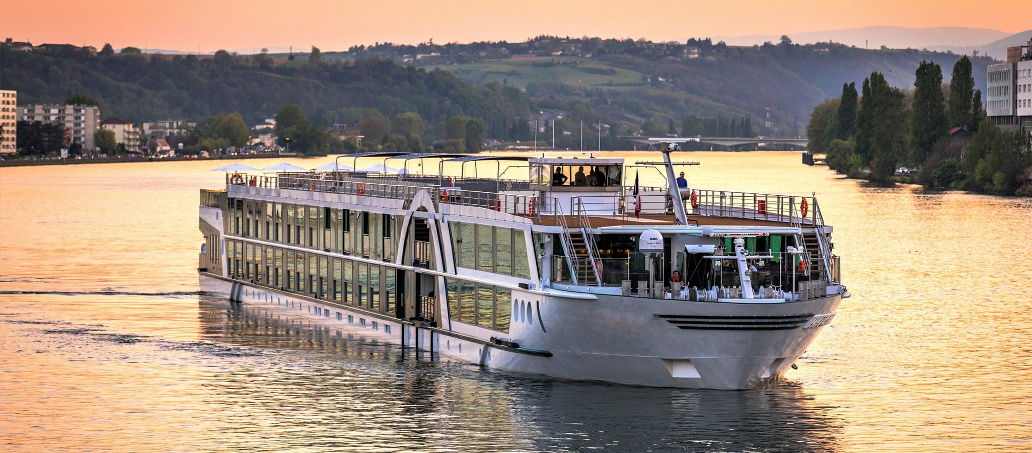 River cruise ships offer plenty of space for meetings, conferences and incentives due their multifunctional decks onboard.