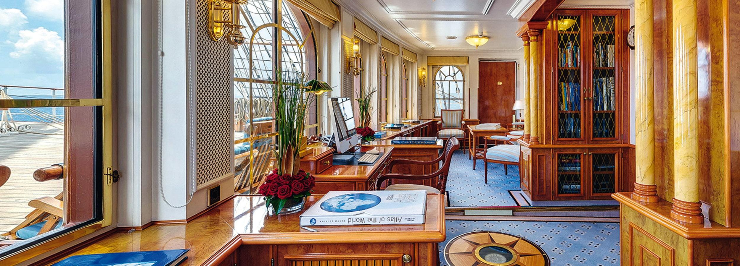 Viele Kreuzfahrtsegler verfügen über Räumlichkeiten für Tagungen, Meetings und Konferenzen mit 100-300 Teilnehmern.